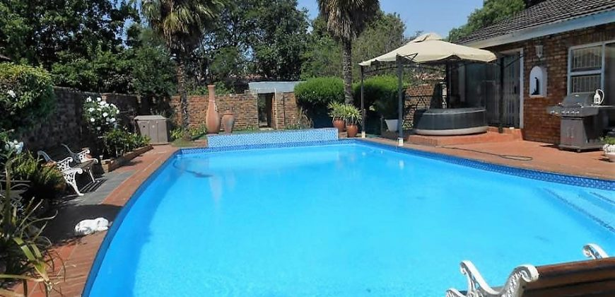 3 Bedroom House with Flatlet for SALE in Fochville