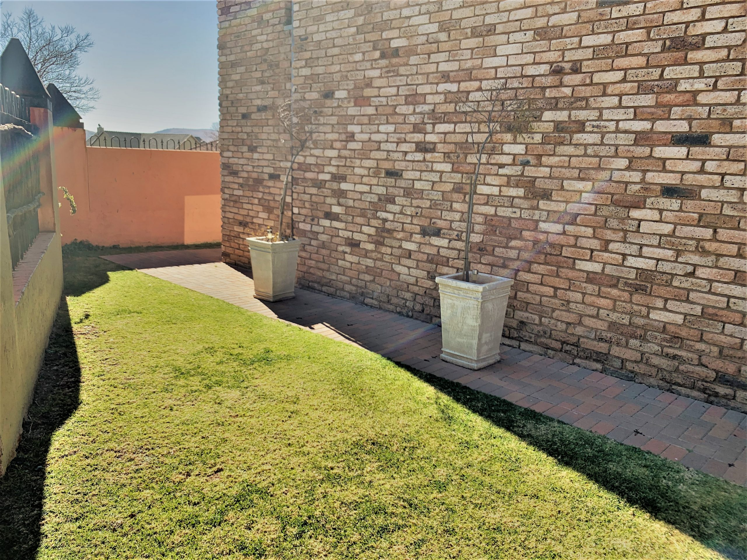 3 Bedroom House in Safe Complex for SALE