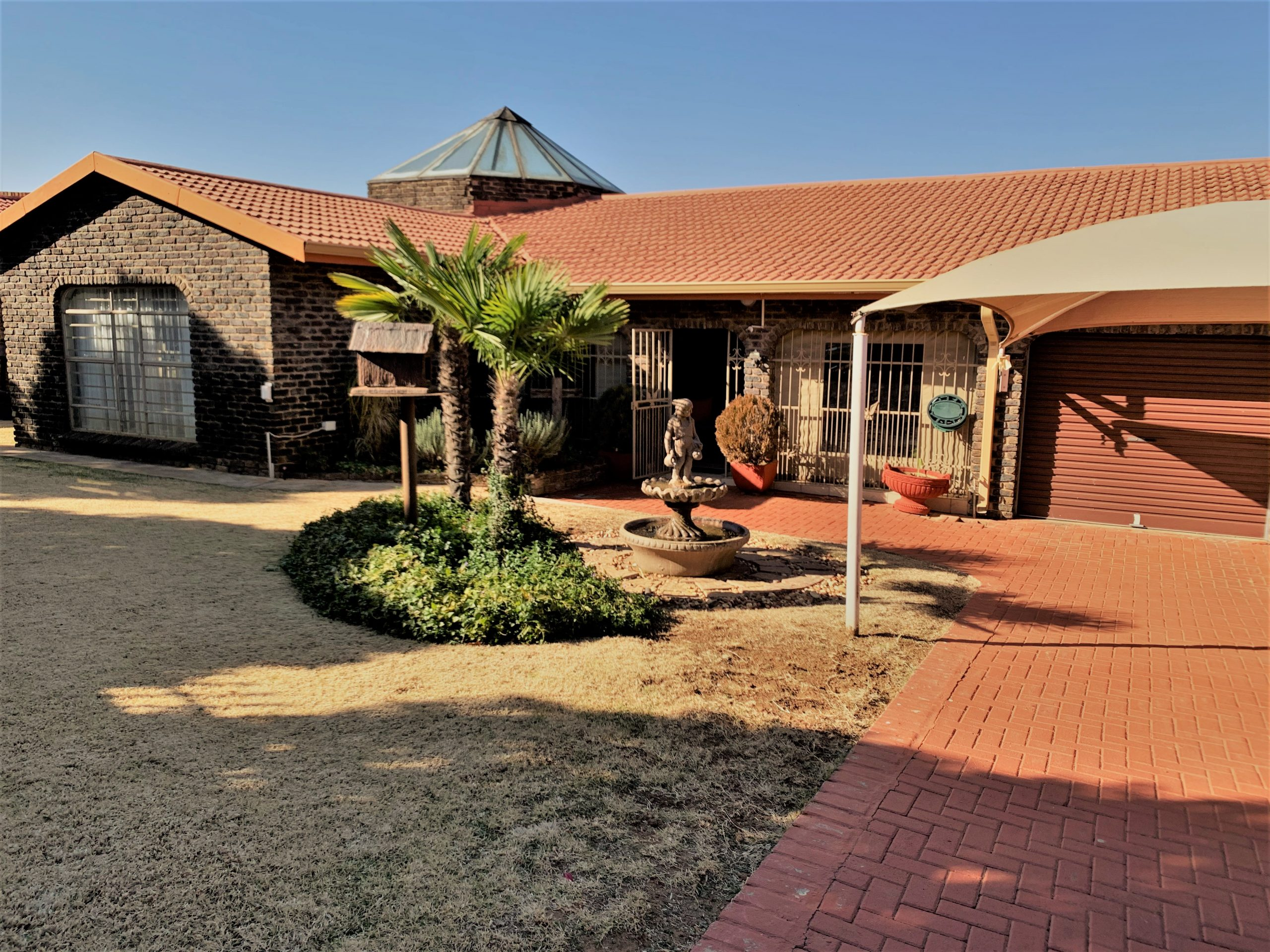 5 Bedroom House for SALE in Fochville